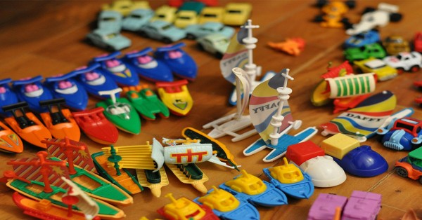 The Negative Effects Of Plastic Toys - Aussie Childcare Network